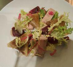 Trio de canard (samoussa de confit, foie gras et magret séché)