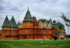 The Summer Palace of Tsar Alexis Mikahilovich at Kolomenskoye - made of wood.