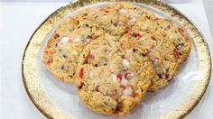 Christina Tosi of Milk Bar's recipe for cornflake chocolate chip peppermint cookies and cutout sugar cookies Best Chocolate Chip Cookies Recipe, Chip Cookie Recipe, Cookie Recipes, Cookie Desserts, Holiday Desserts, Holiday Treats, Yummy Recipes, Recipies, Peppermint Cookies