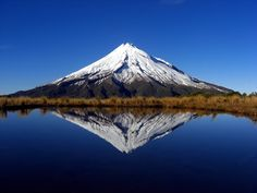 most beautiful places on earth | http://beautifulplacestovisit.com/large/mountains/Mount_Taranaki_New ...