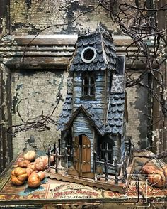 Little haunted houses
