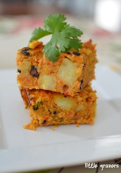Slimming Slimming Eats Mexican Lentil Bake - Gluten Free, Dairy Free, Vegetarian, Slimming World (SP) and Weight Watchers friendly Lentil Recipes, Veggie Recipes, Baby Food Recipes, Mexican Food Recipes, Great Recipes, Vegetarian Recipes, Cooking Recipes, Healthy Recipes, Veggie Bake