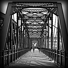Pittsburgh bridge.  I LOVED Pittsburgh, wish It was closer to family so I could move there:(