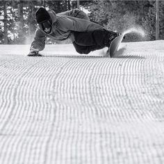 If your gonna ride groomed... get on a edge. Super cool pic, love the speed, nice find Apples Skullybloodrider.