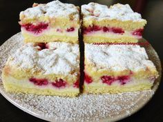 Raspberrybrunette: Simple cheesecake with fruit Healthy Dessert Recipes, Baking Recipes, Yummy Treats, Yummy Food, Czech Recipes, Pastry Cake, Sweet Cakes, Sweet And Salty, Amazing Cakes