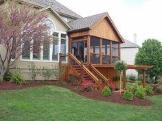 Red Oak Landscaping - screened in porch and backyard landscaping