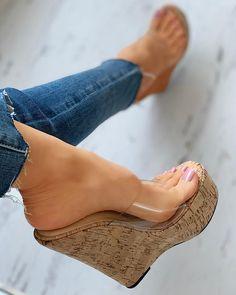 Feet Soles, Women's Feet, Platform Wedge Sandals, Wedge Heels, High Heel Boots, Shoe Boots, Gorgeous Feet, Sexy High Heels, Wedges