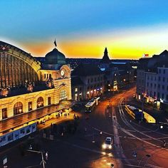 Sunset over Basel train station. Feels good for family to be back in our second home. #basel #trainstation #traveltheworld #secondhome #sunset #switzerland #traveleurope #travelwithkids #travelblogger #cityatnight #travelmomentswithkids #railcitybasel #europetrain #familytravel #bahnhofsbbbasel #cityofbasel #sbb #instarail #bahnhof #swiss
