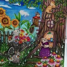 Mais detalhes... Menuet de Bonheur... @kanokoegusa . #menuetdebonheurcoloringbook #menuetdebonheur #rhapsodyintheforest #colortherapy #coloringforadults #divasdasartes #artecomoterapia #livroscoloriramo #boracolorirtop #coloring_secrets