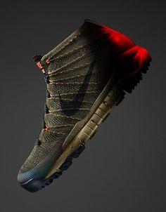 NIke-SneakerBoot-2015-Mens-Collection-Flyknit-Chukka-Profile.jpg