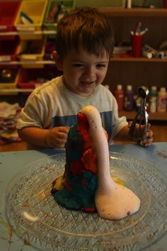 Science for toddlers: volcano activity!