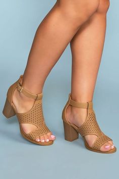 Spend a sunny day in our Santa Maria Perforated Heels! Featuring a soft, vegan leather delicately woven in a scuba style. Peep toe and heel with a gold buckle for closure. Cute Shoes Heels, Shoes Heels Wedges, Lace Up Heels, Ankle Strap Heels, Ankle Straps, Me Too Shoes, Shoe Boots, Dress Shoes, Glitter Heels