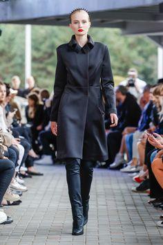 IMRECZEOVA SS18 black scuba coat with quilted collar 60 Degrees, Runway, Coat, Jackets, Black, Fashion, Cat Walk, Down Jackets, Moda