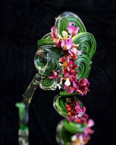 VBW • Floral Movement • Lelystad 2013 unusual wedding bouquet #unique #wedding #bouquet