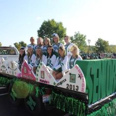 Senior Cheerleading Float