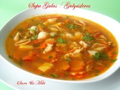 Romanian Food, Romanian Recipes, Thai Red Curry, Carne, Slow Cooker, Food And Drink, Ethnic Recipes, Soups, Meme