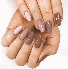 UNHAS DEGRADÊ Exceptional Pretty nails are available on our internet site. Take a look and you wont be sorry you did. Classy Nails, Stylish Nails, Trendy Nails, Neutral Nails, Nude Nails, Gel Nails, Gradient Nails, Shellac, Almond Acrylic Nails