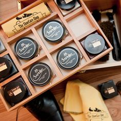 Distinctivo Shoe Care Valet // Saphir