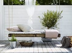 A DIY Hanging daybed in the beautiful home of Swedish interior stylist Pella Hed. A DIY Hanging da Outdoor Beds, Outdoor Spaces, Outdoor Gardens, Outdoor Living, Outdoor Decor, Rustic Outdoor, Indoor Outdoor, Interior Exterior, Interior Design