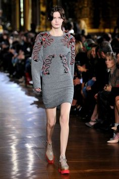 Stella McCartney, Paris Fashion Week, F/W 2014-15.  I literally never thought I'd be charmed by anything from Stella McCartney!
