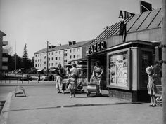 helsinki vanhat elokuvateatterit - Google-haku Helsinki, Cultural Events, The Old Days, My Land, Inspirational Books, Historical Pictures, Ancient History, The Past, Old Things