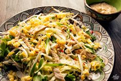 Pad Thai Salad - with some obvious omissions for our challenge, this would be good! Primal Recipes, Real Food Recipes, Thai Recipes, Chicken Recipes, Diet Recipes, Healthy Recipes, Cooking Recipes, Paleo Pad Thai, Thai Salads