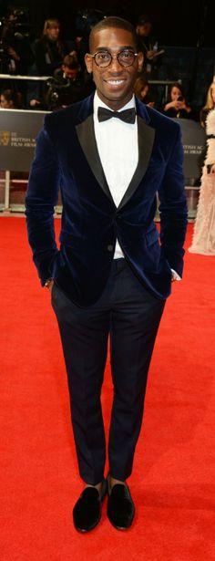 2014 New fashion Menswear Blue Notch Lapel tuxedo / Prom suit /4 buttons bridegroom wedding suit (bowtie+pants+jacket) $159.00