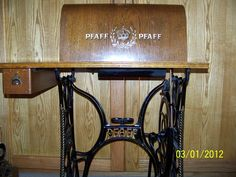 Pfaff treadle and top Pfaff, Machine Photo, Vintage Sewing Notions, Antique Sewing Machines, Couture Sewing, Haberdashery, Vintage Antiques, Cabinet, Sewing Ideas