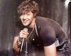 Kdrama, Korean, Celebs, Kpop, Fictional Characters, Smile, Sweet, Heart, Celebrities