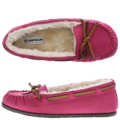 Moccasins, cheaper version also an option. Airwalk, Flats, Sandals, Pink Girl, Teen Fashion, Moccasins, What To Wear, Athletic Shoes, Size 2