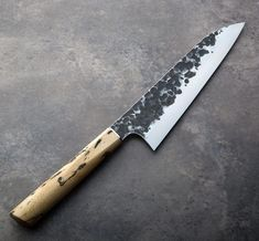 Tamarind Forged Chef Knife handmade by James Oatley of Oatley Knives. Japanese Cooking Knives, Japanese Kitchen Knives, Knife Making Tools, Trench Knife, Metal Welding, Welding Tips, Welding Projects, Best Pocket Knife, Pocket Knives