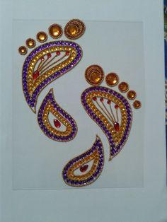 Arti Thali Decoration, Ganpati Decoration Design, Diwali Decoration Items, Lotus Kunst, Lotus Art, Diwali Diy, Diwali Craft, Rangoli Ideas, Rangoli Designs Diwali