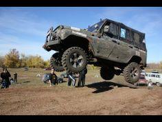 Гонки по бездорожью на джипах / Offroad Racing on SUV in Dirt 4x4