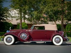 1932 Packard Individual Custom Eight Convertible Victoria by Dietrich (904-2072)