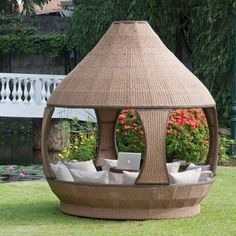 Preparing your garden for summer with smart furniture's – Vine Ideas Backyard Hammock, Garden Gazebo, Backyard Patio, Garden Huts, Patio Gazebo, Smart Furniture, Home Decor Furniture, Garden Furniture, Outdoor Wicker Furniture
