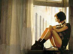 Natalie Portman in Leon(1994).