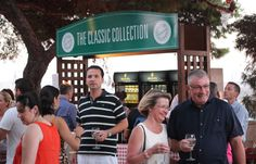 A classic wine stall serving some of over 20 different Delicata wines.