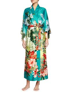 Get Beyoncé s Chic Kimono Look for Less (Much eb9569191