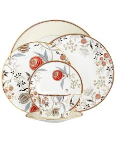 Farra - I have this entire Wedgewood collection for 12 people; FYI IF you wanted to include any of this with your tabletop??