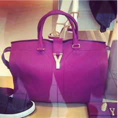 Ahh bag!!! Ahhh shoes!!! YSL love