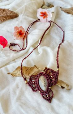 macrame necklace bordeaux necklace beige agate by NarkisMacrame