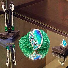 Fulvio Maria SCAVIA- Awesome Italian excellence soft bracelet of Opal Diamonds and Emerald Brands.