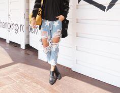 Oneteaspoon & Celine Celine, Feminism, Chic, Pants, Fashion, Fashion Styles, Shabby Chic, Trouser Pants, Moda