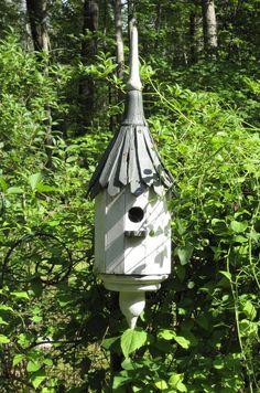 BIRD HOUSE – the normandy bird sanctuary.