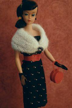 https://flic.kr/p/x3P3Wu | Vintage Swirl Ponytail Barbie - brunette |