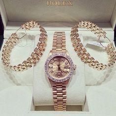 champagne-diamondsz:  klasszik:  Rolex has the best watches.    Xoxo