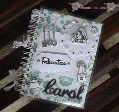 Organize suas receitas em um lindo caderno personalizado com capa em scrap!