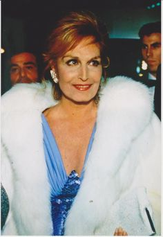 Photos de CLUB DALIDA OFFICIEL. In Paris On March 7th, 1987 In Paris, France