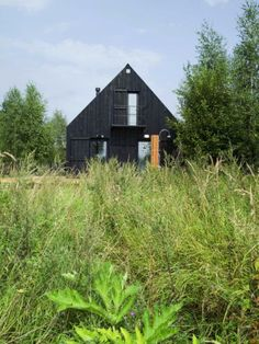 VolgaDacha, a small house in the countryside