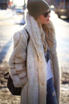 Clothes outfit for woman * teens * dates * stylish * casual * fall * spring * winter * classic * casual * fun * cute* sparkle * summer *Candice Wicks Fall Winter Outfits, Winter Wear, Autumn Winter Fashion, Winter Chic, Fashion Mode, Fur Fashion, Womens Fashion, Petite Fashion, Style Fashion